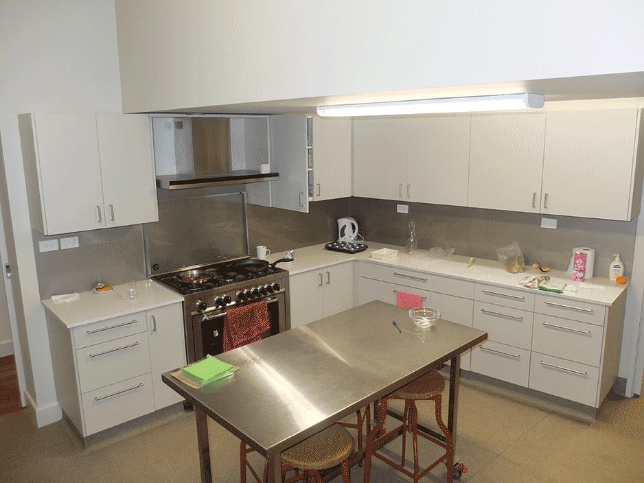 nams-virtuve2